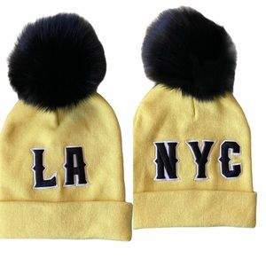 NYC or LA Reversible Beanie with real Fur Pom